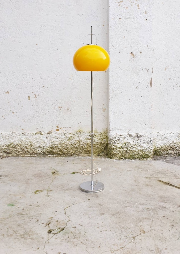Mid Century Yellow Lucerna Floor Lamp, Design By Harvey Guzzini, Meblo, Italy 70s