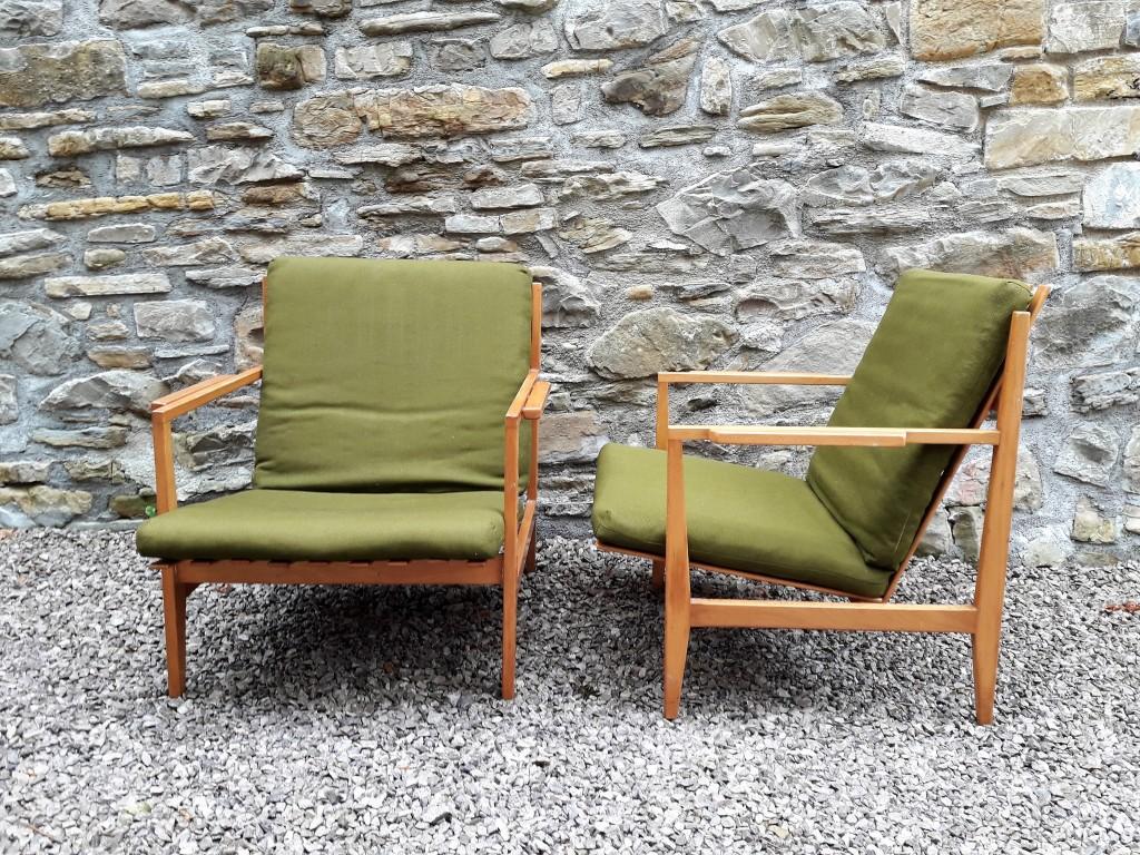 Redek par foteljev / Dizajn Niko Kralj