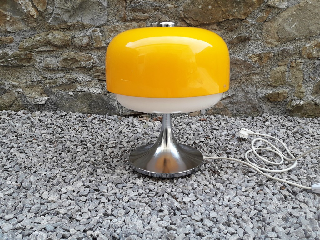 Original Mid Century Guzzini Table Lamp / Produced by Meblo, 70's Yugoslavia / Model Medusa design by Massoni