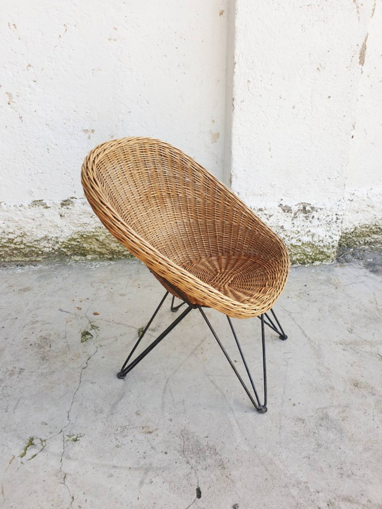 Mid Century Modern Wicker Lounge Chair / Vintage Rattan Outdoor Chair/ Metal Legs / Yugoslavia 60s